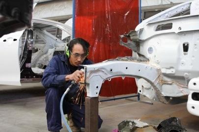 Autobody repairer
